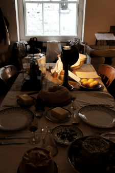 the table set in the kitchen looked like an exquisite Flemish still life